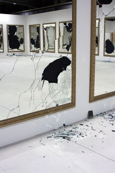 #art, #mirror, #break, #performance, #gallery, #contemporary