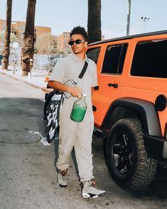 "@princetonperez on Instagram: ""this user is single & bored… 🥱 @x.teejay / @hiddensolefoxhills"""