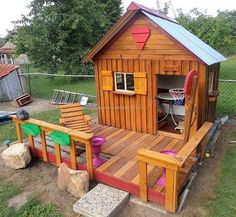 Now here is an idea for the parents, who don't want to send their kids in the parks to play due to the security reason. They can spend some days making this playhouse for kids in garden as it will eliminate their worry and the kids will get a good place to play inside the home.