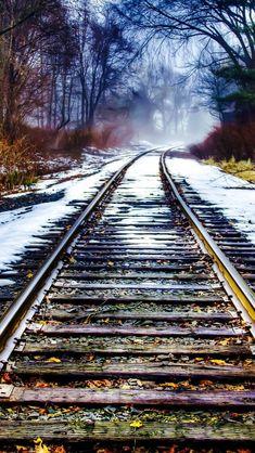 Photo Background Images, Photo Backgrounds, City Landscape, Fantasy Landscape, Train Pictures, Cool Pictures, Railroad Photography, Urban Nature, Ferrat