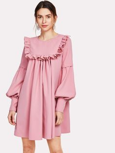 To find out about the Ruffle Yoke Lantern Sleeve Flowy Dress at SHEIN, part of our latest Dresses ready to shop online today! Simple Dresses, Casual Dresses, Short Dresses, Pink Dresses, Hijab Fashion, Fashion Dresses, Hijab Stile, Dresses For Pregnant Women, Vetement Fashion