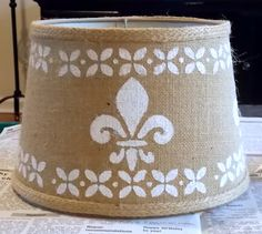 I used stencils to spruce up my burlap lampshade. It really made a big difference for this lamp. It went from drab to fab! Burlap Lampshade, Lampshades, Lampshade Ideas, Painting Burlap, Diy Painting, Diy Craft Projects, Diy And Crafts, Craft Ideas, Burlap Projects