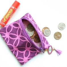How to sew a small zipper pouch using scraps scrap busting zipper case