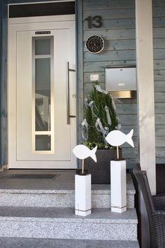 Polly kreativ: Deco for confirmation - Home Page White Wooden Doors, Internal Wooden Doors, Wooden Projects, Wooden Crafts, Teacher Door Hangers, Porch Windows, Wood Fish, Wooden Door Hangers, Master Bedroom Design