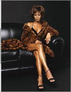 R.I.P. Whitney Houston (August 9, 1963 – February 11, 2012)  I will always love you