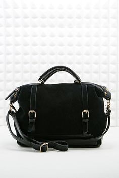 Deena & Ozzy Suede Front Shoulder Bag in Black