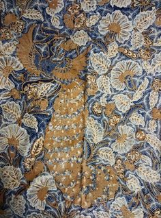 Batik origin Solo,central Java,type tribusono ,sogan color,year of making 1950~1960.