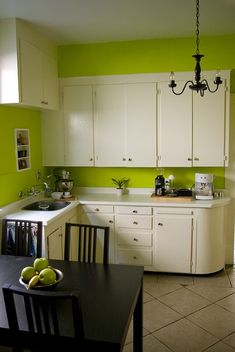 Lime green l shaped kitchen curves soften the look of an l for Lime black kitchens