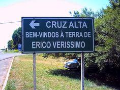 Placa da entrada da cidade de Cruz Alta (RS)