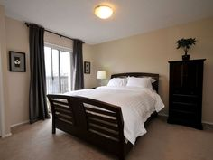 Choose among the best hotels and vacation rentals accommodations near Fort Street, Canada.