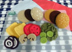 Hamburger Play Food PDF Crochet Pattern by luvbug026 on Etsy