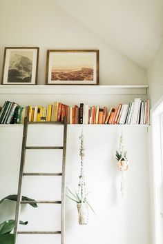 DIY picture ledge +