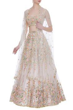 Indian bridal lehenga - Buy Embroidered lehenga set with cut dhaana details by Tamanna Punjabi Kapoor at Aza Fashions Party Wear Lehenga, Red Lehenga, Party Wear Dresses, Lehenga Choli, Wedding Dresses, Floral Lehenga, Saree, Indian Gowns Dresses, Indian Fashion Dresses