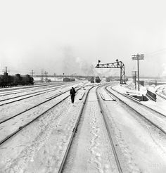"""January 1943. Chicago, Illinois. """"Freight operations on the Indiana Harbor Belt railroad between Chicago and Hammond, Indiana. The Chicago & North Western Railroad yard."""" Photo by Jack Delano, Office of War Information."""