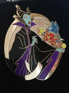 Rare!! Disney Fantasy MALEFICENT & Stitch LE100 Jumbo Pin