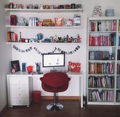 Find images and videos about book, room and decoracao on We Heart It - the app to get lost in what you love. Home Office Design, Home Office Decor, Home Decor, Study Room Decor, Bedroom Decor, Dream Rooms, Cool Rooms, New Room, Girl Room