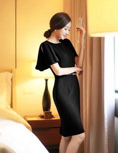 Đầm ôm body tay xòe màu đen - A7000 - Chất liệu: cát hàn - Màu sắc: như hình - Kích thước: S/M/L/XL
