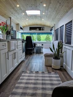 A couple turned an old school bus into a cozy, tiny house. A couple turned an old school bus into a Bus Living, Tiny House Living, Cozy House, Living Room, School Bus Tiny House, Old School Bus, Converted School Bus, School Buses, Bus Remodel
