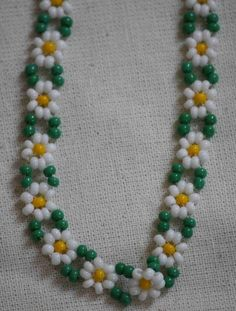 Daisy chain necklace - made with two needles