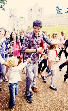 I really wanna be the little kids xP