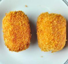 egg chops - scotch eggs with potato Egg Recipes Indian, Egg Recipes For Kids, Baby Food Recipes, Snack Recipes, Recipes With Boiled Egg, Indian Dishes, Yummy Recipes, Vegetarian Recipes, Easy Snacks