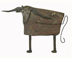 bull 3 - sculptures from recycled materials All my creatures are made of an old stable floor boards and tools, that are not used anymore. by Pina Macku Driftwood Sculpture, Driftwood Art, Sculpture Art, Grand Art, Recycled Art, Recycled Materials, Found Object Art, Scrap Metal Art, Junk Art