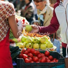 non-specific person, fruits, healthy food, shopping, meal planning, ----------------- 78818676-man-buying-apple-at-outdoors-market-thinkstock.jpg (413×413)