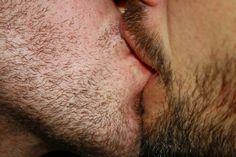Kisses :3
