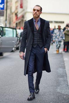 Moda męska dookoła świata - Paris. #modameska #lepremier #mensfashion #elegantmen #menswear