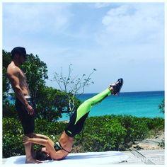 Treinar com essa vista fica fácil  #abs #turksandcaicos #look @labellamafiabrasil  #workout #mylifestyle  Dragon Flag @guperdiego ❤️