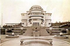 Villa Isola, built in 1933-1934 by C. P. Wolff Schoemaker in Bandung, West Java