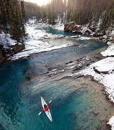 Kayaking in Yoho National Park #Canada Photo: @goldiehawn