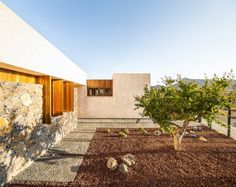 Gallery of Half Buried House / eneseis arquitectura - 10