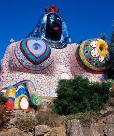 L'impératrice - Le jardin des tarots - Niki de Saint Phalle