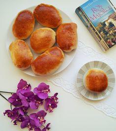 Loaf with jam, Brötli mit Konfitüre, bułki z konfitura