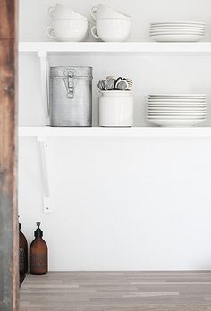 open kitchen shelves by the style files.