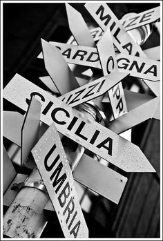 Italian Street, Capri Italy, Street Signs, Sardinia, Photos, Pictures, Italy Travel, Design Elements, Nostalgia