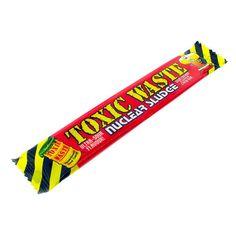 Купить Nuclear Sludge Вишня Жевательная конфета 20гр — цена доставка магазин Сладкая страсть Москва Candy, Candy Bars, Sweets
