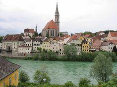 Eine weitere Sehenswürdigkeit in Steyr: die Stadtpfarrkirche Steyr, Austria Country, Amazing Pics, Awesome, Salzburg, Study Abroad, Alps, Summertime, Places To Go