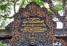 Bali Indonesia Holiday Travels: Petitenget Temple - Another Beautiful Beachside Te...
