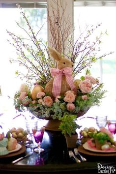 Inspiring Easter Centerpieces Table Decor Ideas 13 This! Easter Flower Arrangements, Easter Flowers, Easter Colors, Easter Table Settings, Easter Table Decorations, Easter Centerpiece, Spring Decorations, Diy Centerpieces, Thanksgiving Decorations
