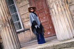 nowa-k ponczo kombinezon ogrodniczki dzwony zara kapelusz plecak Capes, Zara, Vogue, Blog, Cape Clothing, Mantles, Cape, Blogging, En Vogue