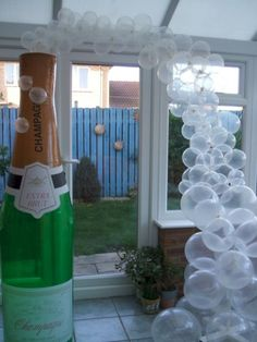 Awesome Champagne Bottles For New Year's Party Decor 13 Ballon Arch, Balloon Backdrop, Balloon Columns, New Years Decorations, Balloon Decorations, Birthday Decorations, Champagne Balloons, Champagne Bottles, Bottle Sparklers