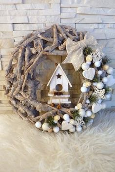 With little effort you make yourself the most beautiful Christmas and winter decoration e - Weihnachtsdeko draussen ☃️ - Weihnachten Xmas Crafts, Christmas Projects, Diy And Crafts, Party Crafts, Christmas Ideas, Noel Christmas, Rustic Christmas, Christmas Ornaments, Holiday Wreaths