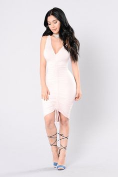 Pour The Champagne Dress - Soft Pink