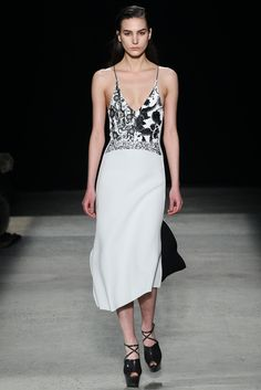 Narciso Rodriguez Fall 2015 Ready-to-Wear - Collection - Gallery - Style.com #NarcisoRodriguez #NYFW