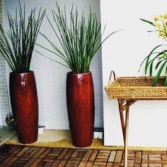 Vaso Vietnamita: +68 Modelos Grandes e Lindos Para Usar na Decoração Garden Makeover, Pottery Designs, Planter Pots, Landscape, Big Vases, Feng Shui, Home Decor, Gardening, Bedroom