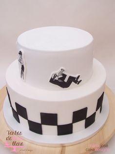 Tarta Ska - Ska theme cake www.tartasdelunallena.blogspot.com maria jose cake designer Fondant, Galletas Cookies, Skinhead, Reggae, Birthday Cakes, Cupcake Cakes, Retro, Desserts, Food