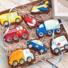 51 Ideas Cupcakes Cakes For Boys Truck Car Cookies, Cookies For Kids, Royal Icing Cookies, Cupcake Cookies, Airplane Cookies, Baby Shower Cupcakes, Fun Cupcakes, Truck Cupcakes, Cupcake Birthday Cake