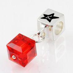 Charm with SWAROVSKI ELEMENTS crystal cube pendant Ruby Light Siam, silver version http://store.lovya.net/letters-from-your-heart-lovya/321-charm-wiszacy-z-krysztalem-swarovski-elements-szescian-w-kolorze-rubin-light-siam-wersja-srebrna.html